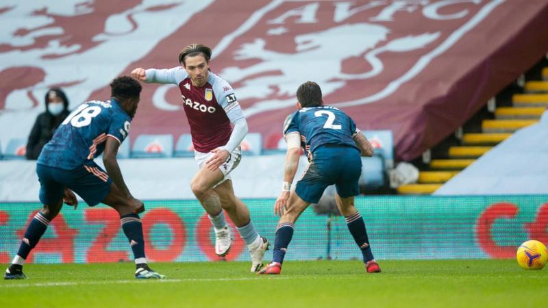 Aston Villa'ya 2 dakika yetti