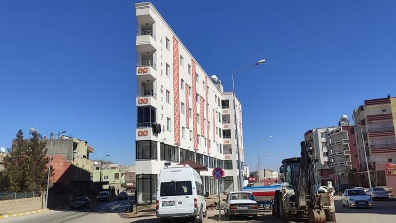 Mardin'deki 'İp Bina'yı gören bir kez daha bakıyor!