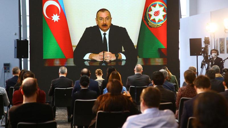 Aliyev: Sınırların kapalı olması, kardeşlik simgesidir