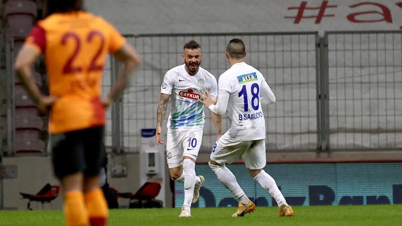 Galatasaray'a Çaykur Rizespor darbesi