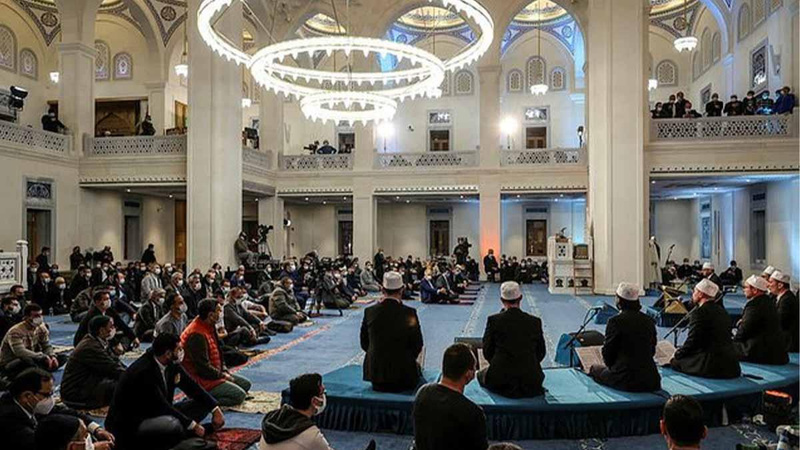 """Diyanet'ten camilere """"Ramazan"""" talimatı!"""