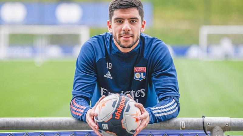 Cenk Özkaçar ilk kez Lyon formasını giydi
