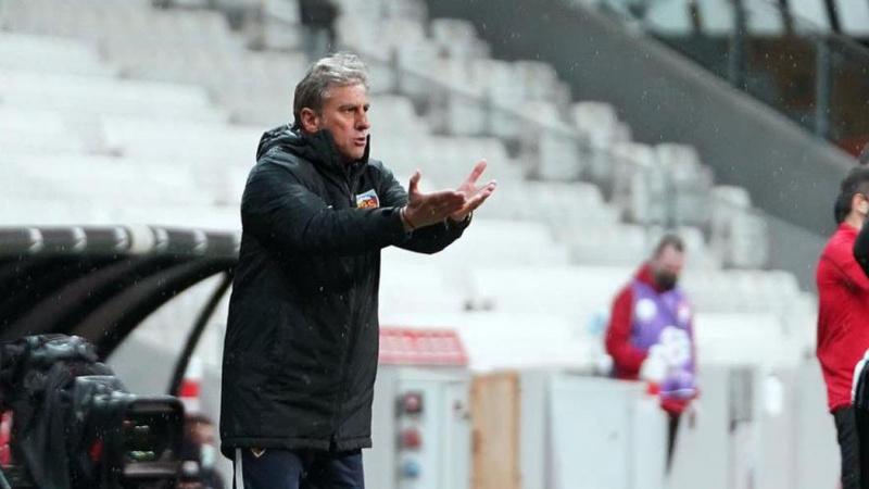 Kayserispor'da Hamza Hamzaoğlu ile yollar ayrıldı