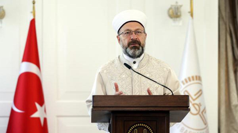 Diyanet İşleri Başkanı Erbaş'tan 'zekat' açıklaması