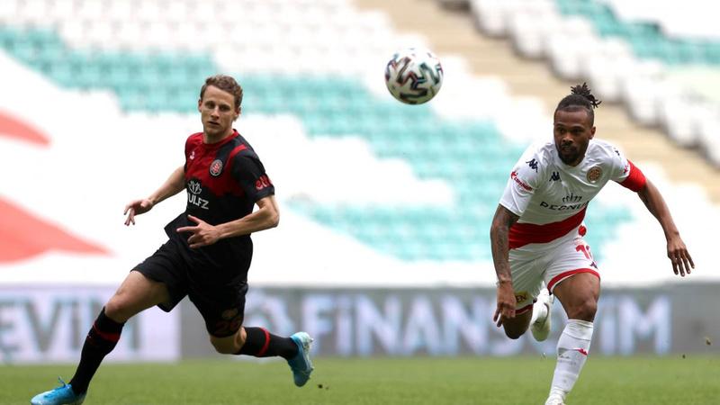 Karagümrük kaçtı, Antalyaspor yakaladı