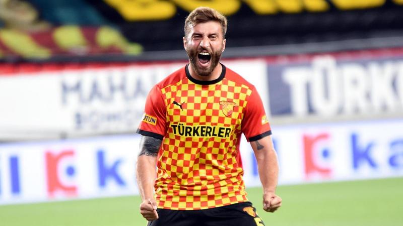 Galatasaray ilk transferini yaptı