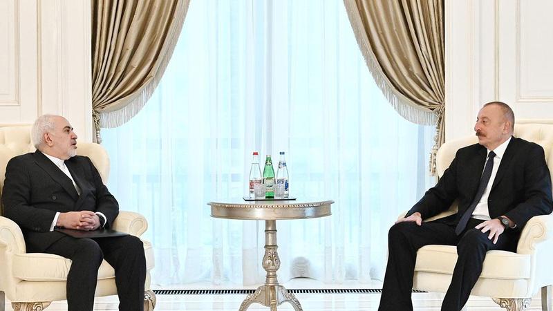 Bakü'de Aliyev ve Zarif'ten 'barış' mesajı