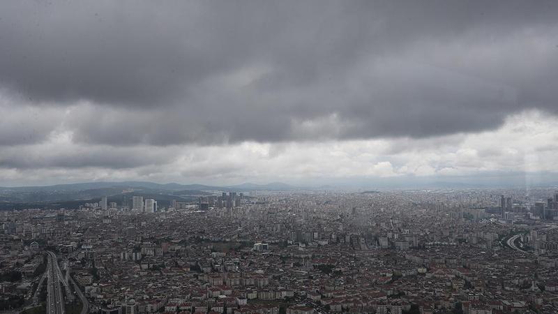 Yağış İstanbul'dan gitmiyor! 5 gün...