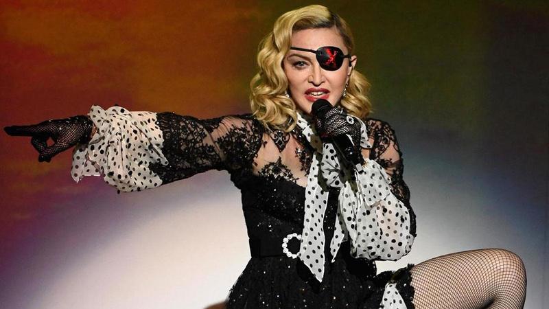 Madonna paylaştı: Neden bu kadar çok polis var?