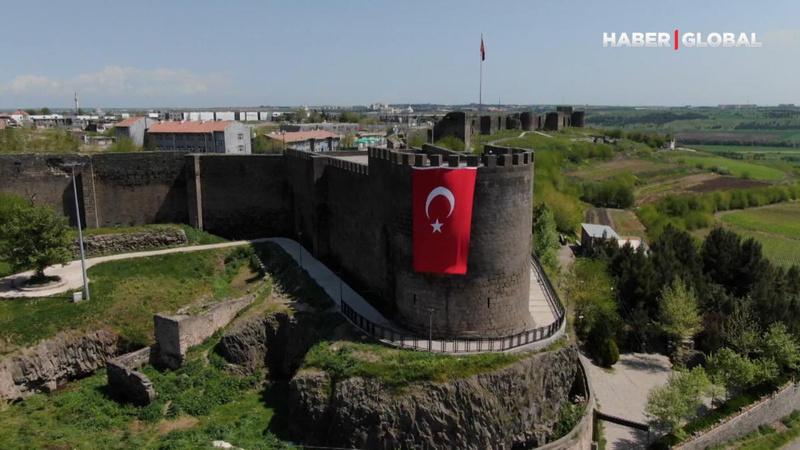 Diyarbakır Surları'nın sırrını araştırıyorlar