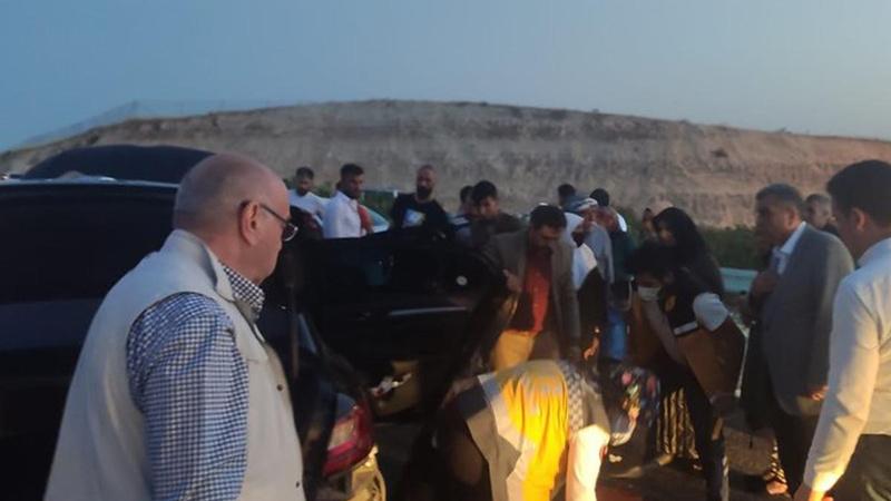 Şanlıurfa'da iki otomobil çarpıştı: Yaralılar var