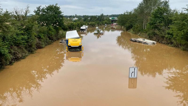 Avrupa'da sel felaketi: Bilanço giderek ağırlaşıyor!
