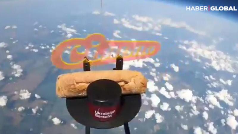 Uzaya çorba ve ekmek gönderildi!
