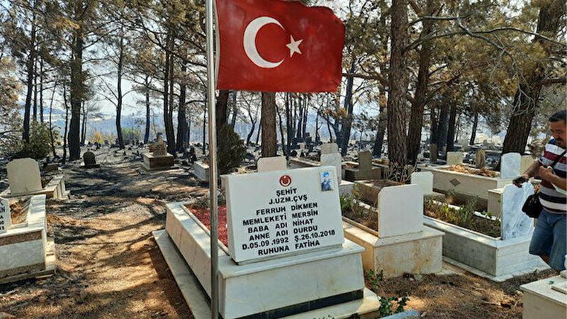 Mersin'de dikkat çeken olay: Şehit mezarı yanmadı!