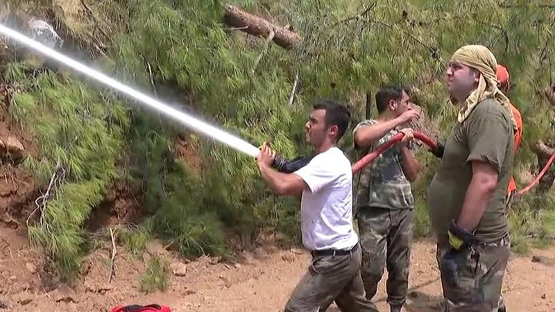 Azerbaycanlı kardeşlerimiz ateşle böyle mücadele ediyor!