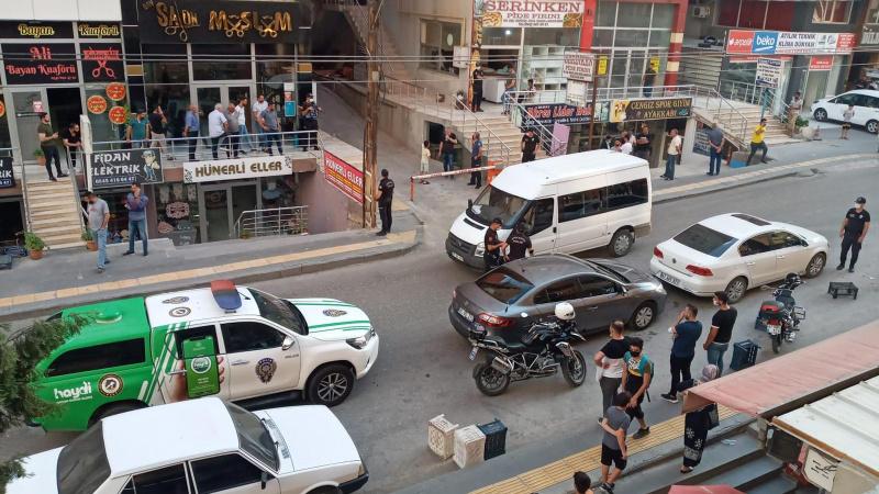 Mardin'de iki grup arasında silahlı kavga: 1'i ağır 3 yaralı