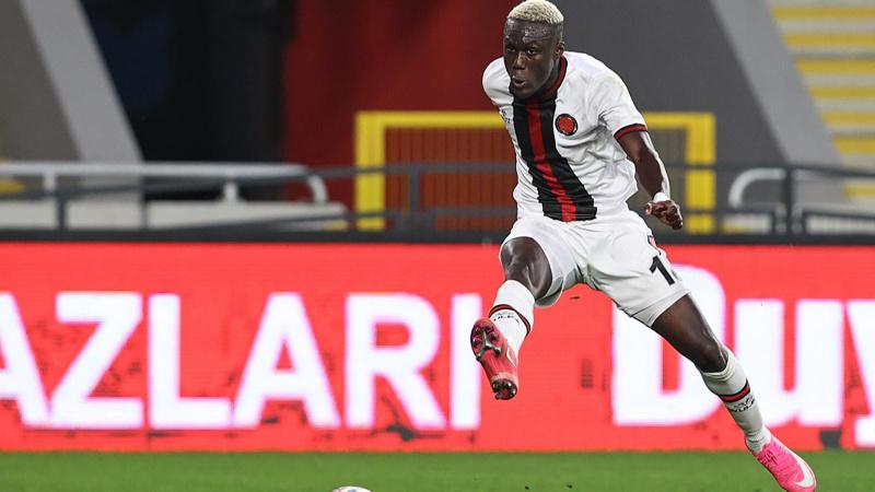 Ndao'nun Al-Ahli'ye transferi iptal oldu