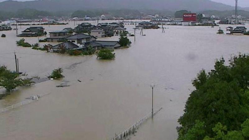 Japonya da sele teslim! 1.7 milyon kişi tahliye edilecek