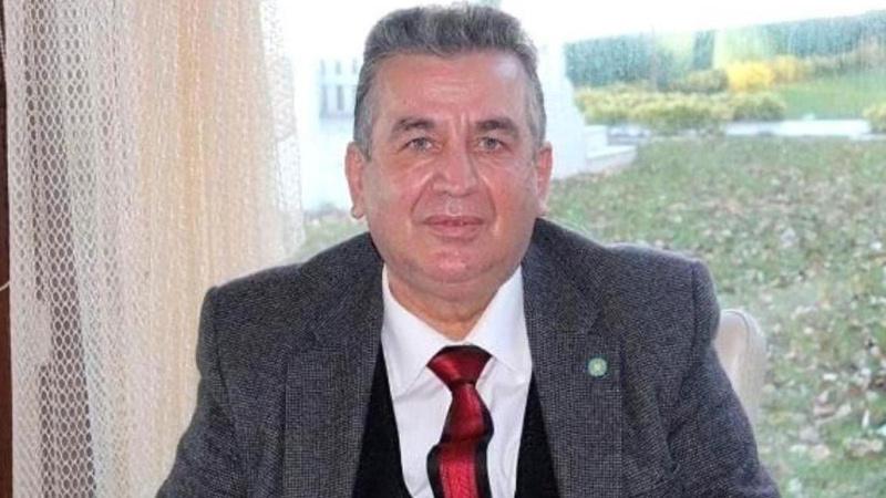 Erol Tatar, il başkanlığı görevinden istifa etti