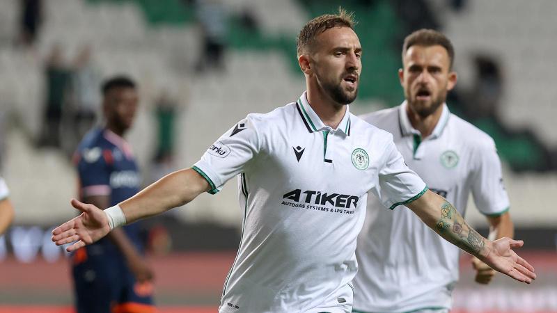 Konyaspor ikinci yarıda açıldı