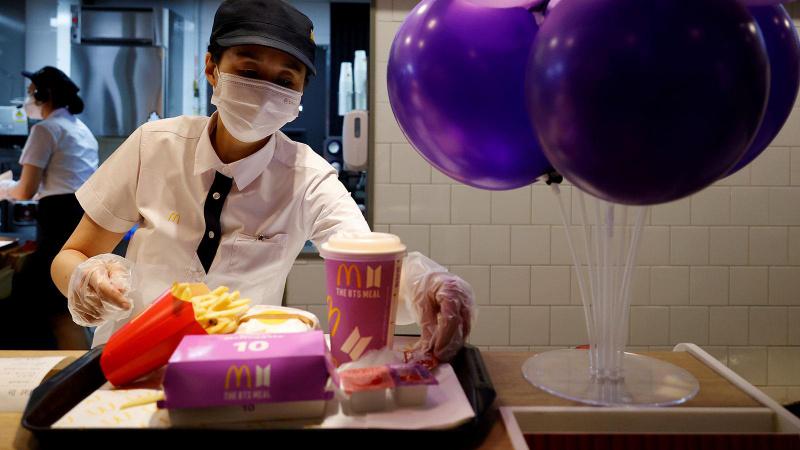 Fast food devinden sürpriz karar: Satışı durduruldu