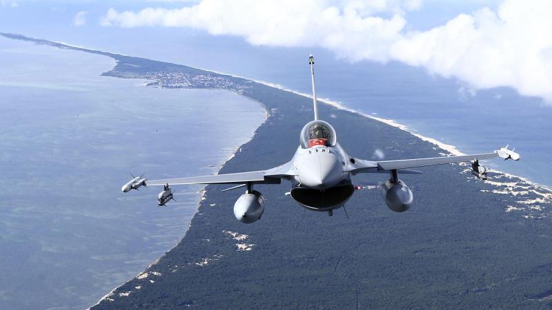 NATO sınırlarını Türk F-16 uçakları koruyor