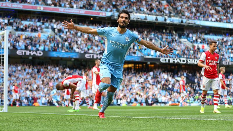 Manchester City 5 atıp Arsenal'i dibe itti