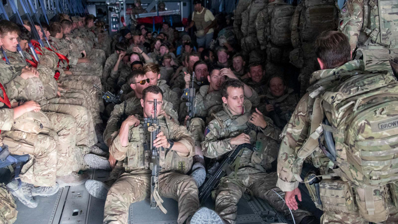 İngiltere Afganistan'daki tahliyesini tamamladı