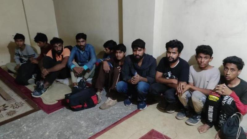 Van'da 24 düzensiz göçmen yakalandı! 3 kişiye tutuklama
