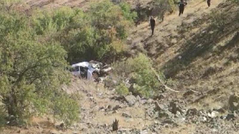 Otomobil 150 metre taklalar atarak yuvarlandı