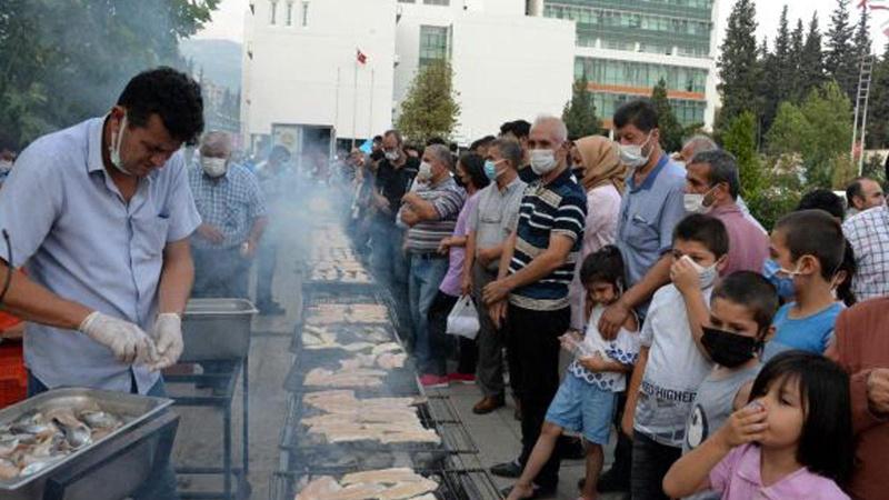 Denize kıyısı olmayan şehirde 'balık festivali' düzenlendi