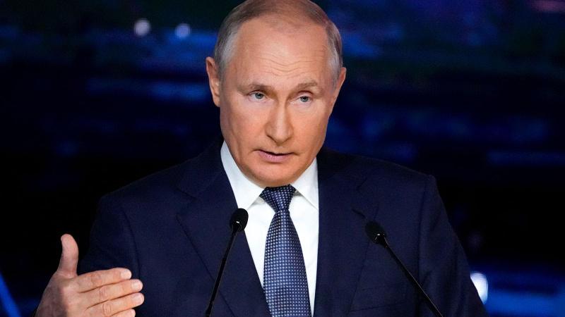 Putin'in hatasını düzeltti, Kremlin'den açıklama geldi