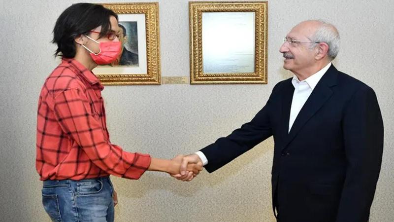 CHP Lideri Kılıçdaroğlu azmin sembolü Nazım'la görüştü