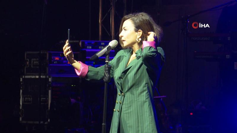 Küs sevgiliye Fatma Turgut'tan sesli mesaj