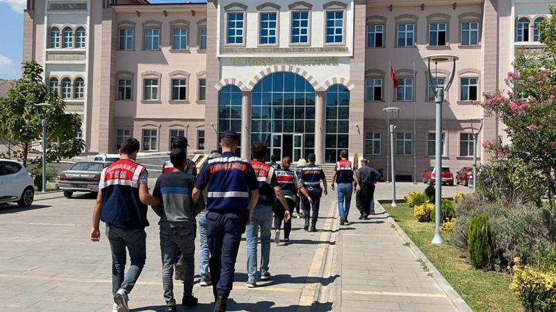 PKK/KCK'ya yönelik 8 ilde eş zamanlı operasyon: 16 gözaltı