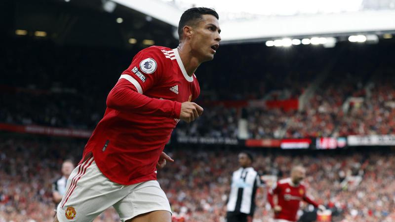 Ronaldo 2 golle döndü, Manchester United kazandı