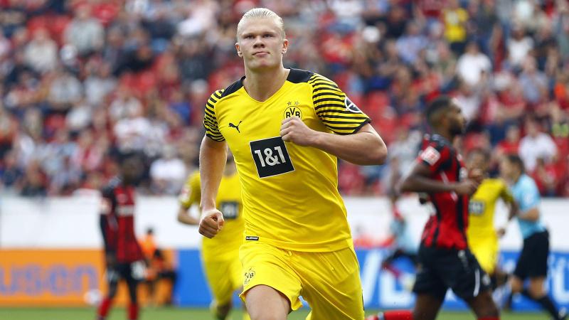 Gol düellosunun galibi Borussia Dortmund!