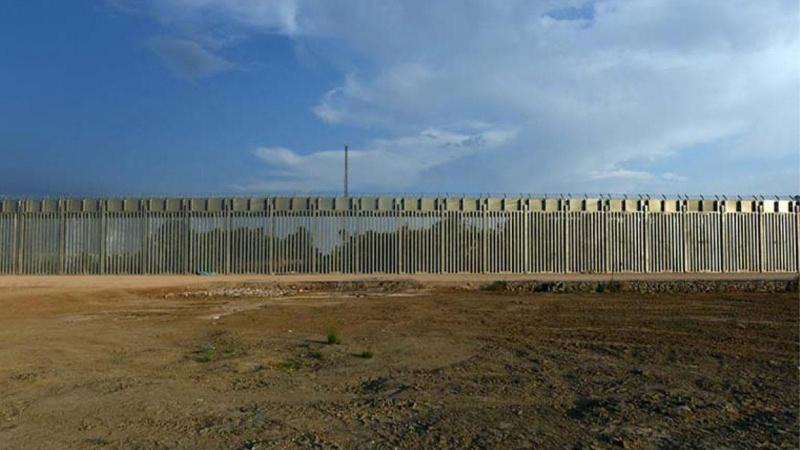 Miçotakis: Çelik çiti uzatabiliriz