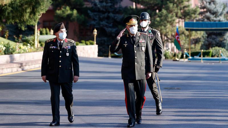 Türkiye ve Azerbaycan'ın Genelkurmay Başkanları görüştü