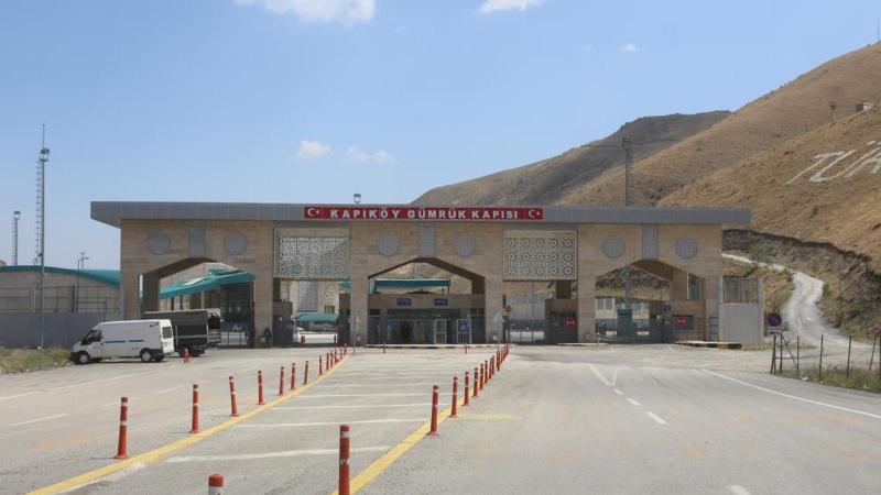 Van Kapıköy Gümrük Kapısı İran'a açıldı
