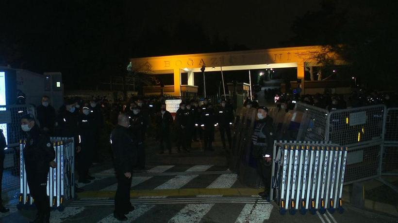 İstanbul Valiliği'nden Boğaziçi Üniversitesi gözaltılarıyla ilgili yeni açıklama