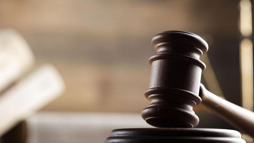 Yargıtay'dan tartışma yaratacak karar: Eşini bıçaklayan koca ile aldatan kadın eşit kusurlu