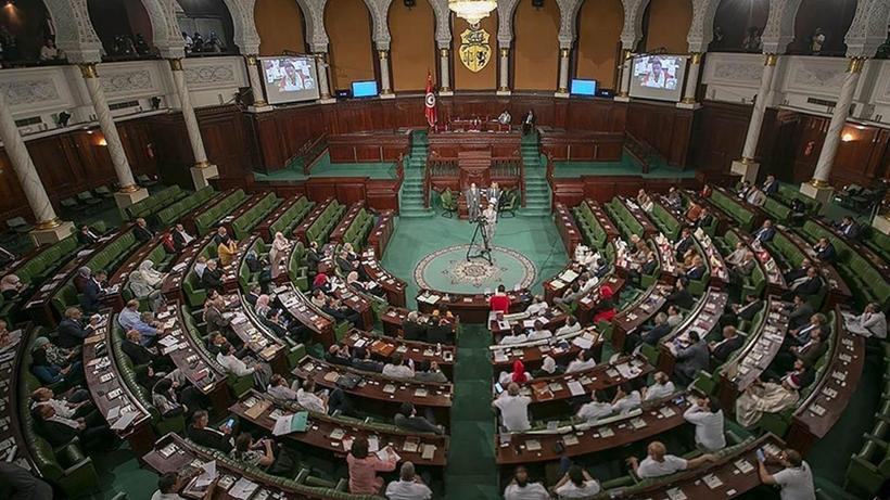 Tunus Parlamento Ofisi: Darbeyi kesin bir şekilde reddederek, şiddetle kınıyoruz