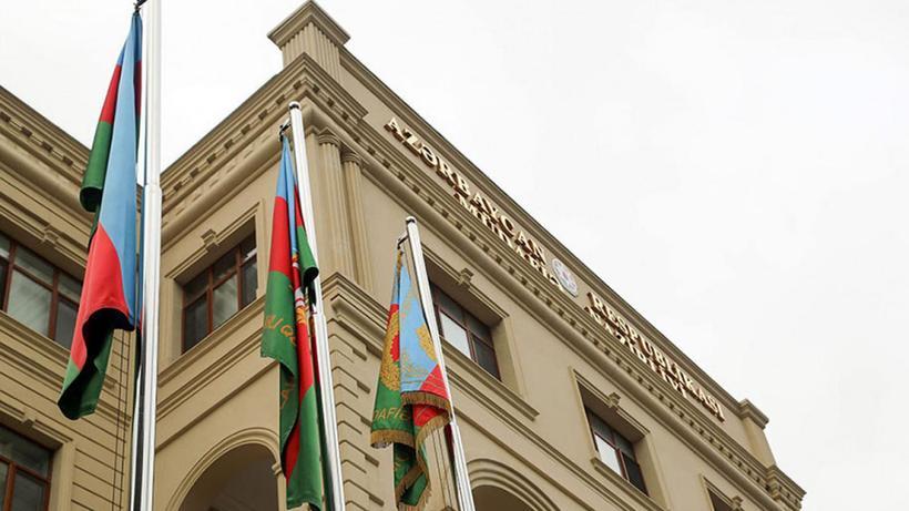 Ermenistan'ın Kelbecer'deki Azerbaycan mevzilerine yönelik saldırısı sürüyor: 2 Azerbaycan askeri yaralandı