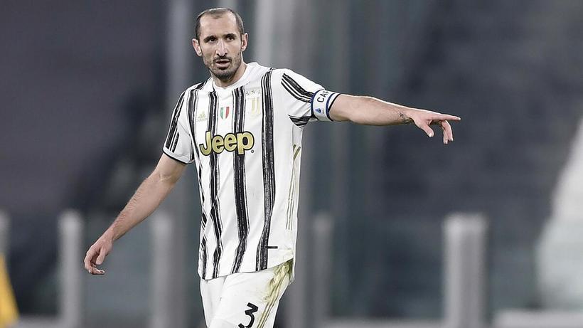 Juventus, Chiellini'nin sözleşmesini uzattı