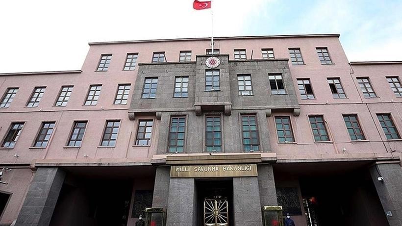 SON DAKİKA MSB: Taciz atışı yapan 4 PKK'lı terörist etkisiz hale getirildi