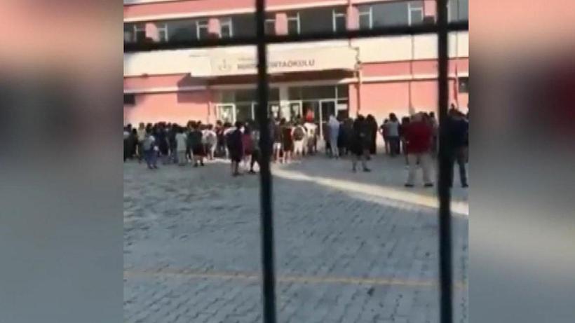 Antalya'da öğrencileri tehdit eden müdür yardımcısı hakkında soruşturma