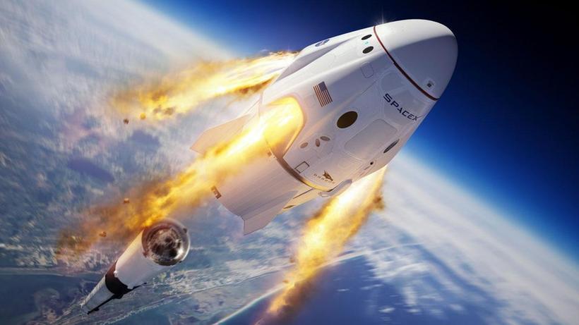 SpaceX, ilk kez 4 turistle dünya yörüngesinde 3 günlük tur yapacak