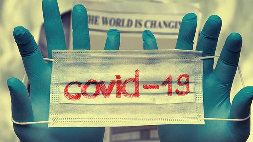 Moderna pandeminin ne zaman biteceğini açıkladı