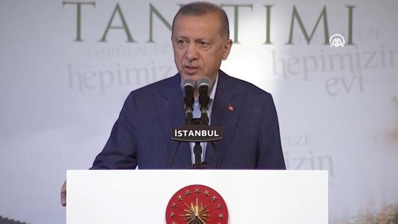 Erdoğan: Yurt sayısını artırdık, yokmuş gibi kampanya yürütülüyor